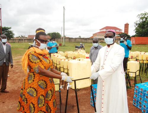 Matsikkerheten i Uganda settes i fare av koronaviruset – slik jobber Caritas