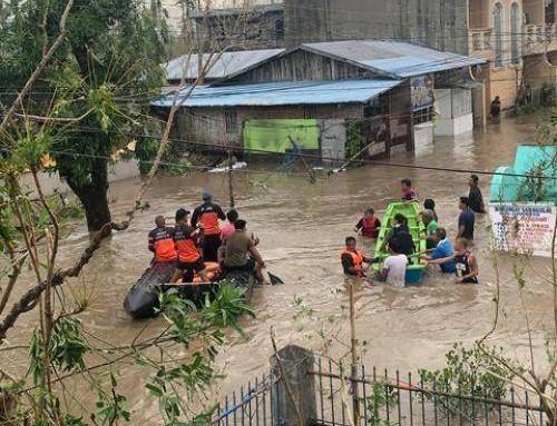 Tropisk supersyklon rammer Filippinene svært hardt