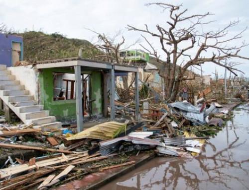 Colombia rammet av den sterkeste orkanen i landets historie