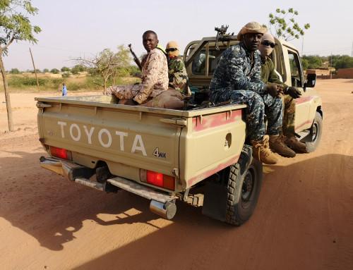 Ond voldsspiral i Niger