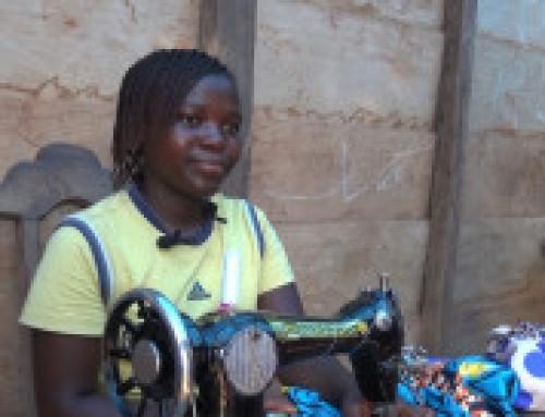 Louange (14) og Arsène (16) ble reddet fra de verste former for barnearbeid